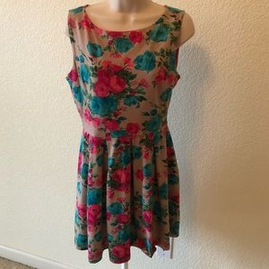MONTEAU brown and floral dress size Large
